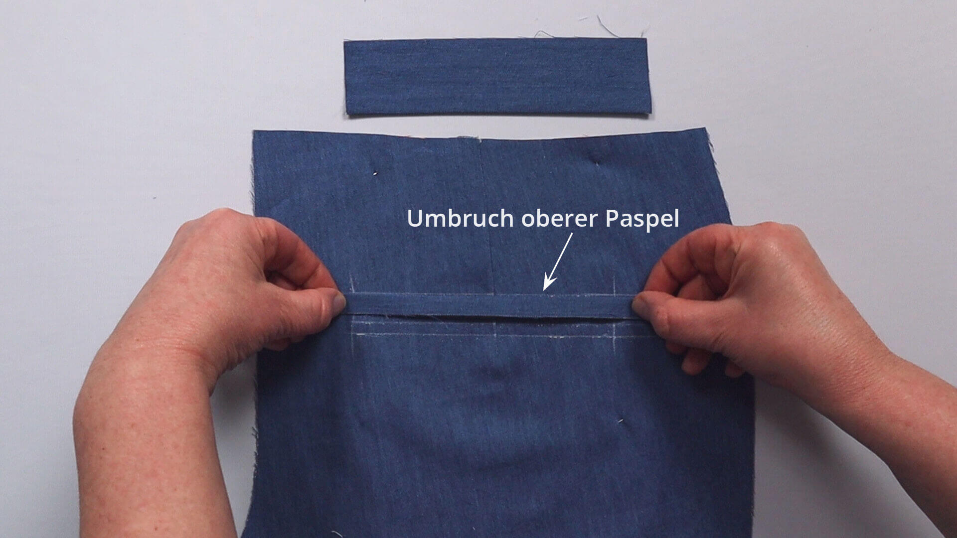 Nähanleitung Doppelpaspeltasche- Taschenpaspel-Umbruchkante an oberer Anlegelinie platziert
