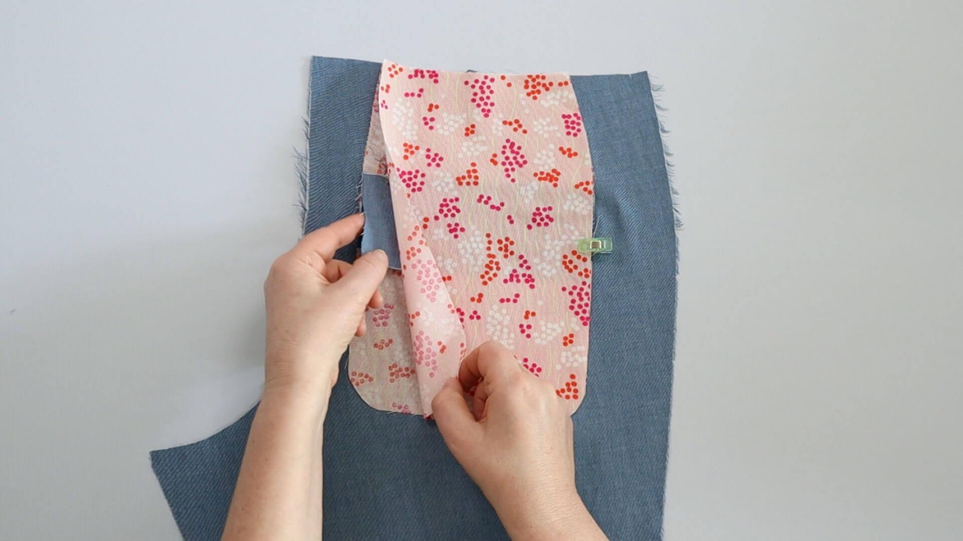 einseitge Hosenpaspeltasche nähen; Taschenbeutelbeleg mit unterem Taschenbeutel zusammenstecken