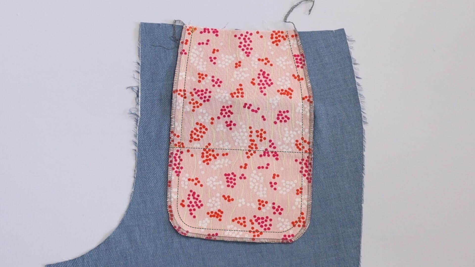 Hosen Papeltasche selber nähen, zusammengenähte und versäuberte Taschenbeutelkanten