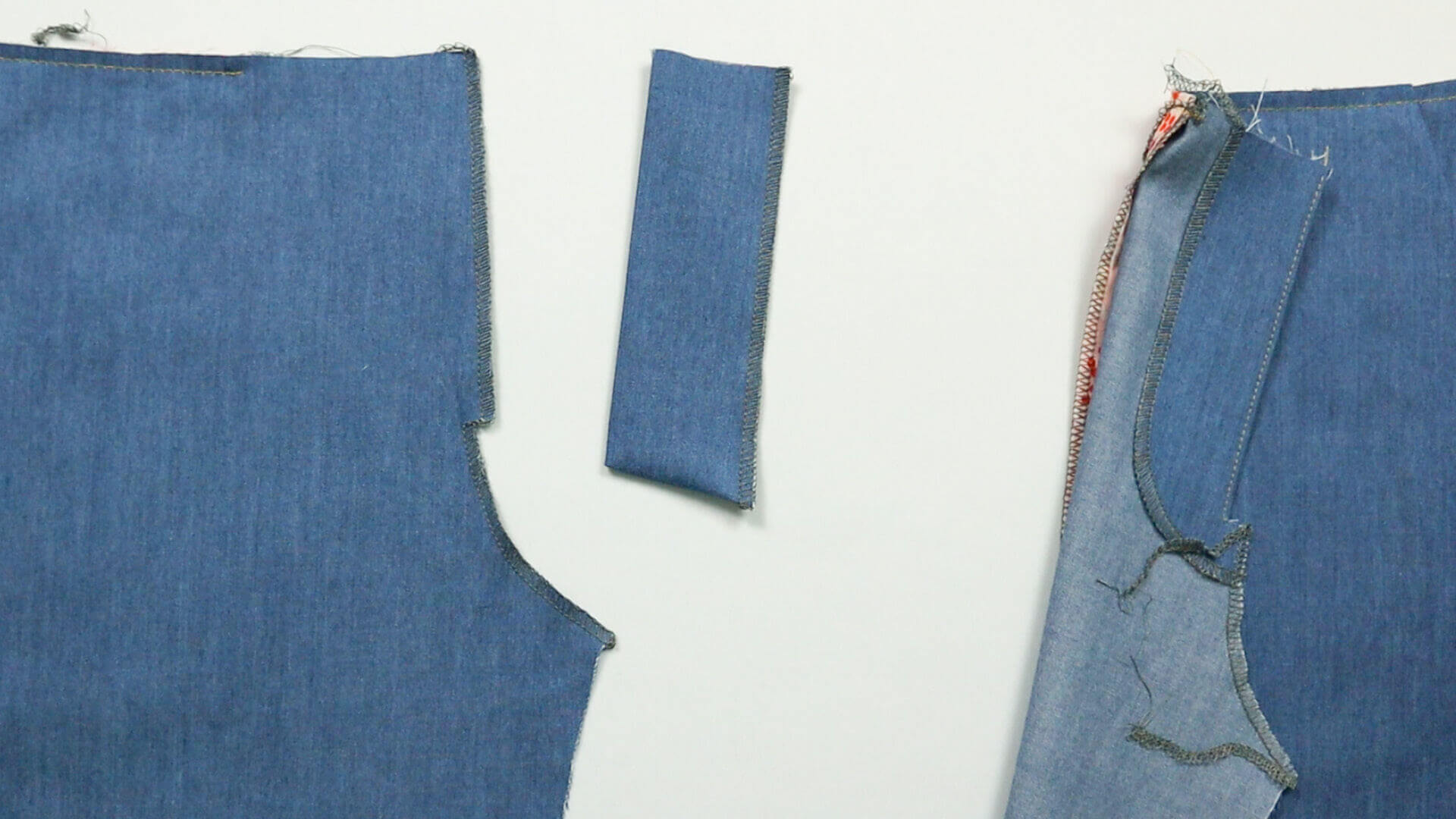 Hosenschlitz mit Reißverschluss selber nähen- mittels Overlock versäuberte Schnittkanten
