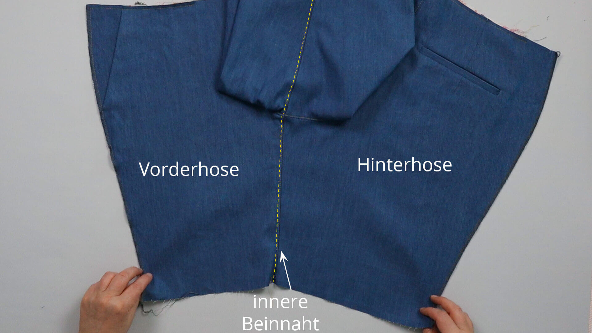 smartPATTERN Anleitung #BE01 zum Mass Hose selber nähen-DIY- Ziersteppung auf der inneren Beinnaht